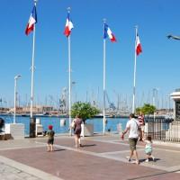 Statue de Cuverville sur le port de Toulon