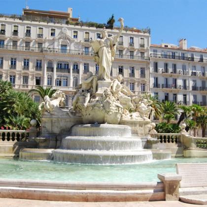 Visite guidée à Toulon, place de la Liberté