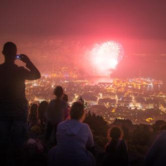 Sortie guidée spéciale feu d'artifice à Toulon